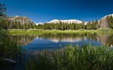 beautiful-mountain-lake-full-HD-nature-background-wallpaper-for-laptop-widescreen