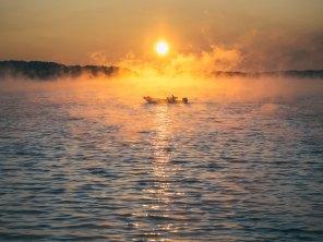 boat_sea_fog_117433_4608x3456