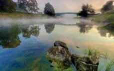 bridge_stones_water_haze_reservoir_morning_freshness_cool_steam_arch_61619_1920x1200