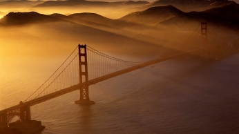 bridge_water_sea_beams_from_above_1139_1920x1080