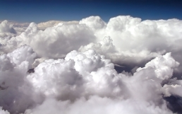 clouds_volume_white_blue_height_22610_1920x1200