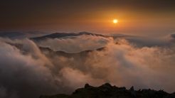 decline_clouds_height_sun_evening_mountains_tranquillity_61149_1920x1080