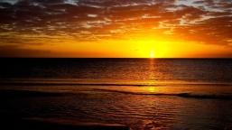 decline_sea_calm_evening_1276_1920x1079