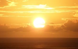decline_sea_sun_yellow_light_26675_1920x1200