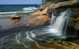 falls_plates_coast_sea_53190_1920x1200