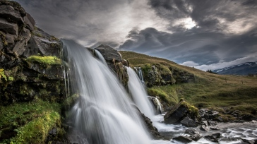 iceland_waterfall_nature_88004_1366x768