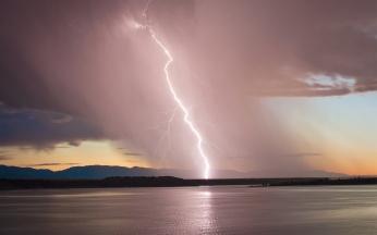 lightning_blow_thunder-storm_elements_line_tornado_colorado_45893_2880x1800