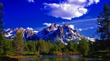mountain_peak_summit_forest_summer_lake_day_landscape_48111_1920x1080