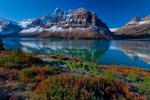mountains_nature_river_grass_beautiful_landscape_93282_3000x2000