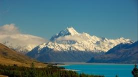 mountains_sky_lake_distance_91497_1366x768