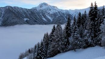 mountains_snow_landscape_87129_1366x768