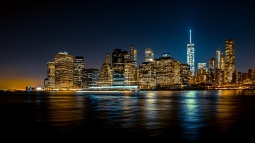 night_city_shore_skyscrapers_117787_1366x768