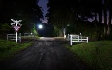 night_crossing_signs_road_84670_2560x1600
