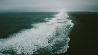 ocean_sea_beach_surf_110361_1366x768