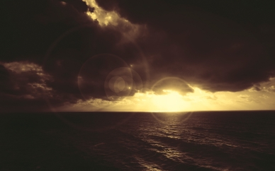patches_of_light_sea_clouds_light_15207_1920x1200