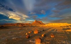 peaks_rocks_beautiful_84435_2560x1600