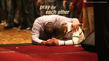 pray-for-each-other-christian-wallpaper-hd_1366x768