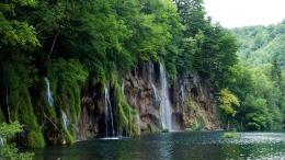 river_cliffs_waterfalls_trees_landscape_86265_1366x768