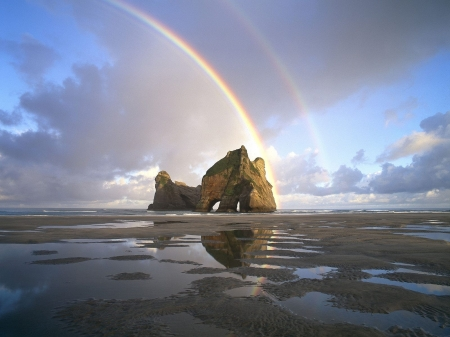 sand_rainbow_rocks_pools_water_new_zealand_8490_1600x1200