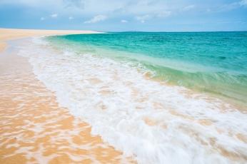 sea_beach_sand_101765_2048x1365