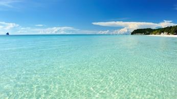 sea_beautiful_summer_90793_1366x768