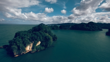 sea_river_trees_nature_lake_beautifully_92689_1920x1080