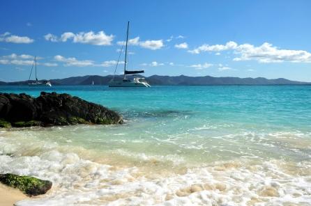 sea_rocks_boat_90795_2784x1848