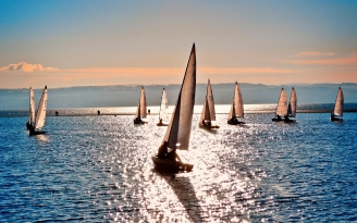 sea_sailing_vessels_sun_clearly_day_reflection_48384_1920x1200