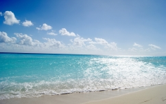 sea_sand_sun_patches_of_light_beach_53304_2560x1600