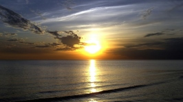 sea_sun_sky_84660_1366x768