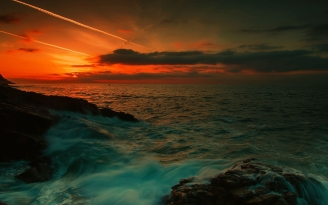 sea_waves_night_rocks_92661_2560x1600