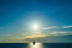ship_sea_horizon_clouds_115381_5374x3583