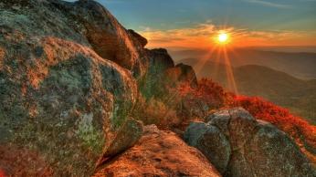 sun_light_stones_beams_14654_1920x1080