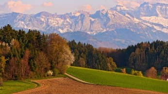 switzerland_mountains_landscape_sky_autumn_97271_1366x768