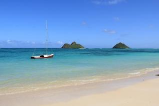 tropics_beach_boat_90644_5184x3456