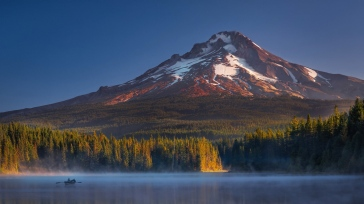 usa_oregon_mount_hood_trillium_mountains_105074_1366x768