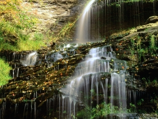 waterfall_autumn_nature_91395_1600x1200
