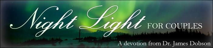 NIGHT LIGHT 4 COUPLES