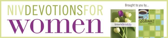 NIV DEVOTION FOR WOMEN